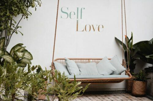 self love, loving yourself, self care